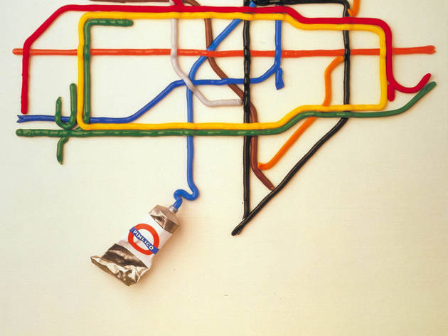 The Tate by Tube ('The Tate Gallery by Tube', 1987, by David Booth of the agency Fine White Line, © London Transport Museum)