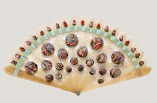 The Fan in Europe: 1800-1850