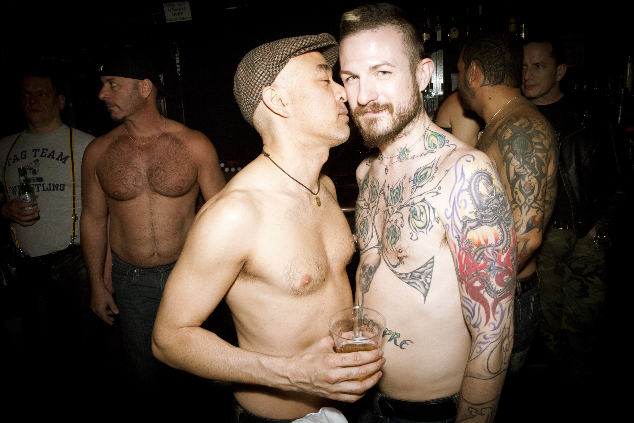 Gay chats los angeles leather muscle