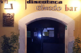 Almodo Bar