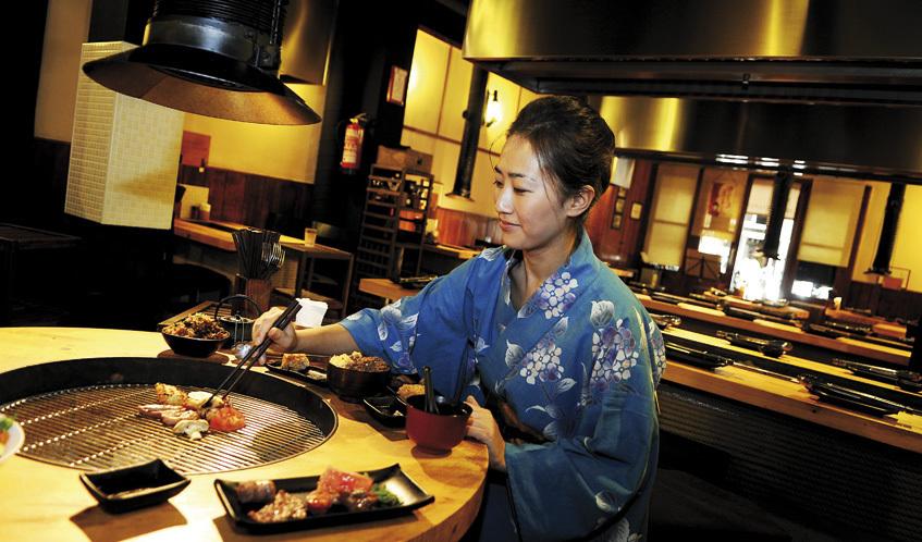 Los mejores restaurantes japoneses de barcelona for Utensilios cocina japonesa