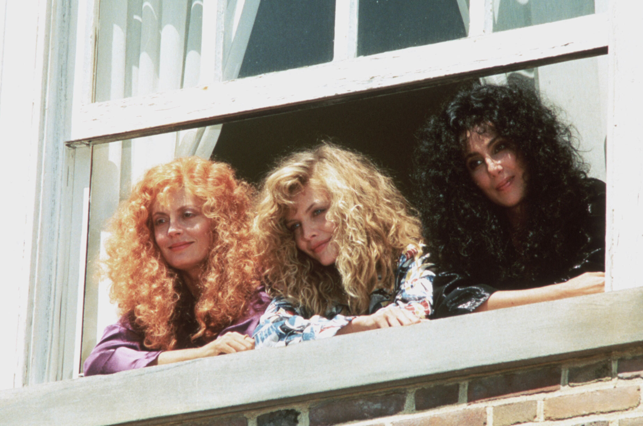Jane Spofford, Alexandra Medford and Sukie Ridgemont<br>(Michelle Pfeiffer, Susan Sarandon and Cher)