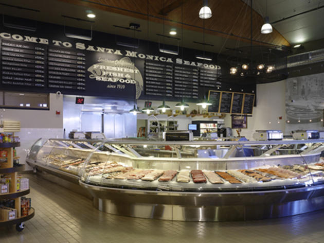 Where to find the best seafood restaurants in los angeles for Santa monica fish market