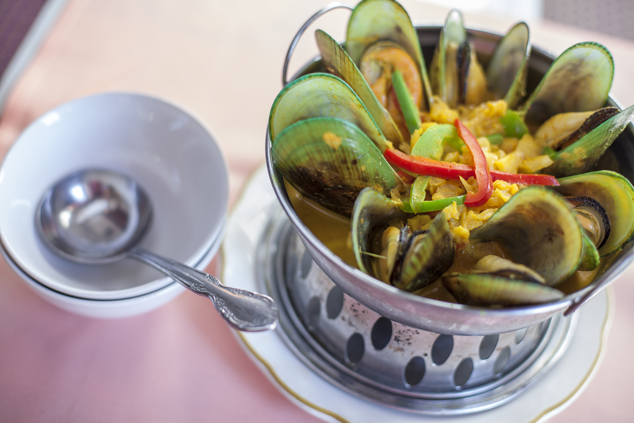 Green curry mussels at Jitlada