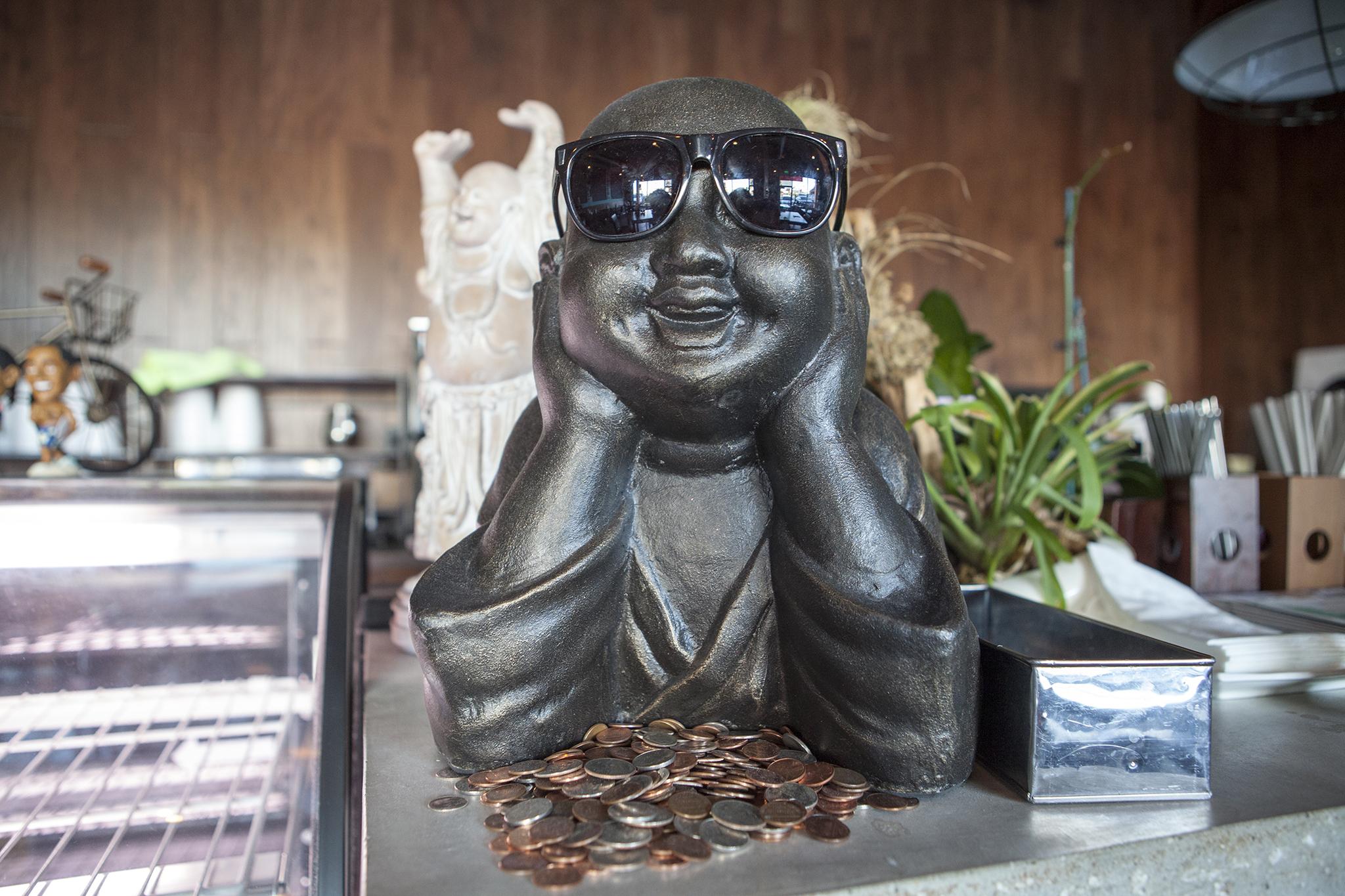 Wat Dong Moon Lek