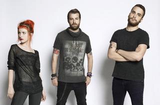 Paramore + Metric + Hellogoodbye
