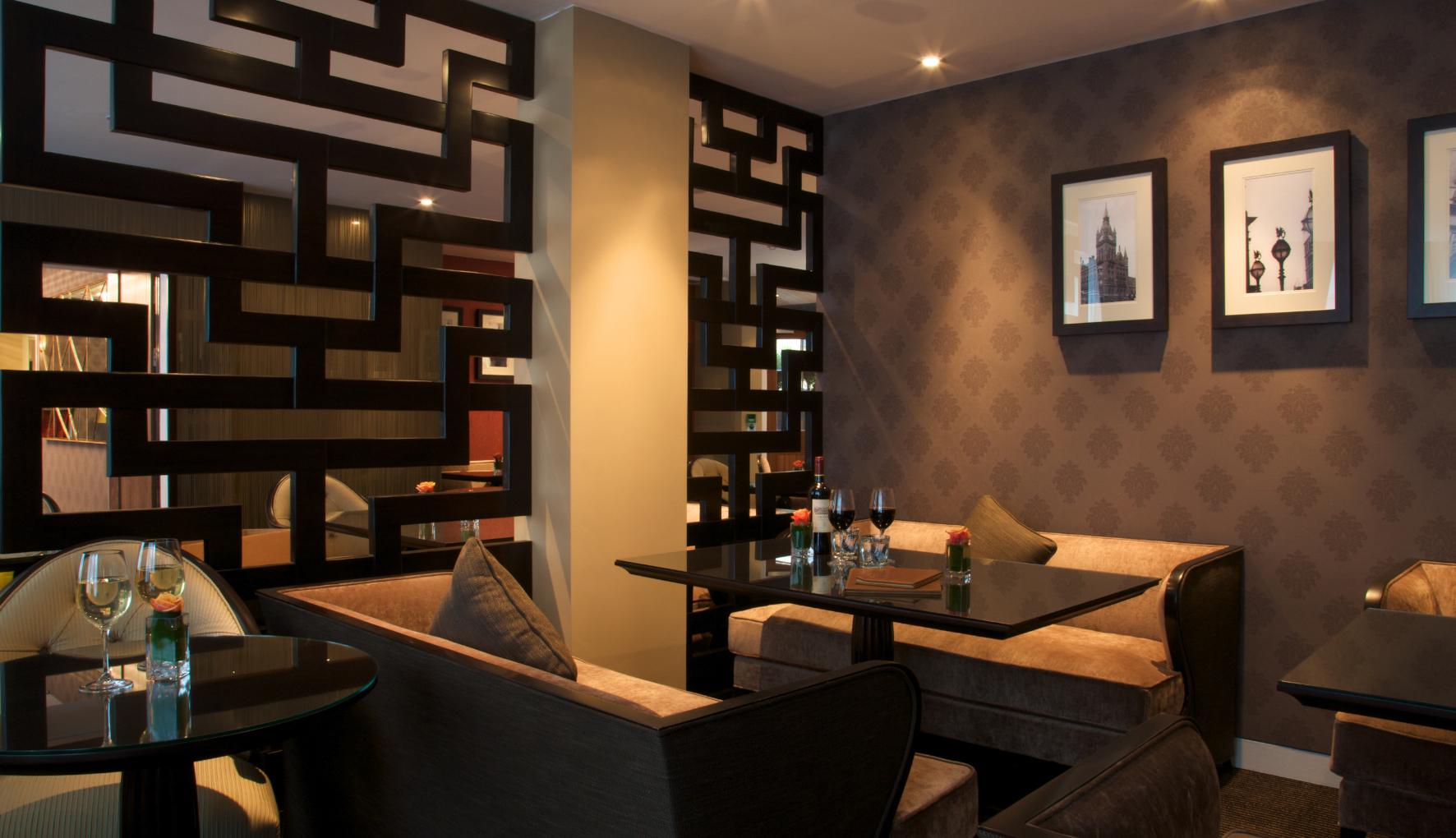 Ten Manchester Street Hotel lounge bar