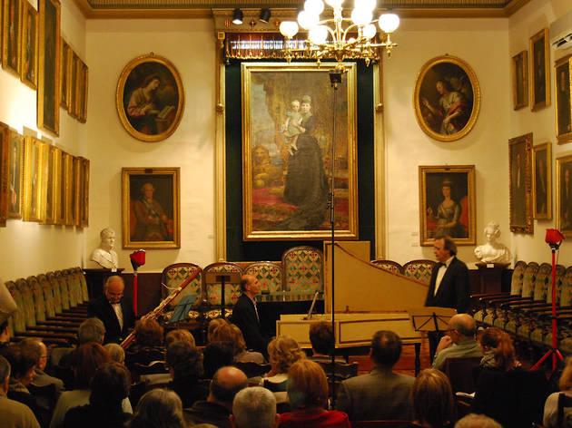 Clàssica a la Reial Acadèmia: Anton Serra + Anna Godoy + Cristina Izcue