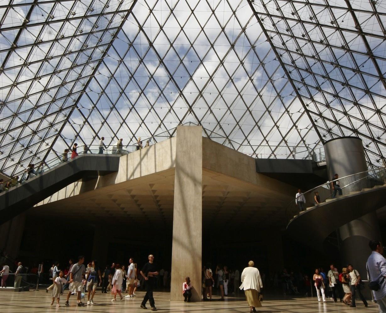 Cure de peintures au Louvre
