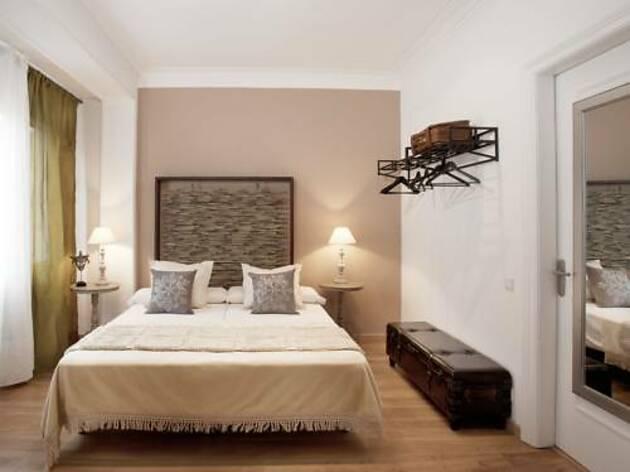 BCN 81 Apartments