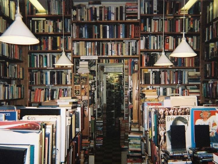 English language bookshops in Paris