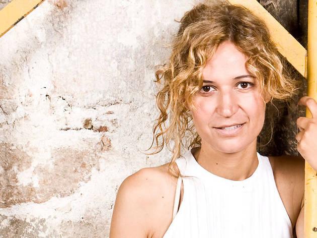 Dia Mundial de la Poesia: Sílvia Bel recita Zoraida Burgos