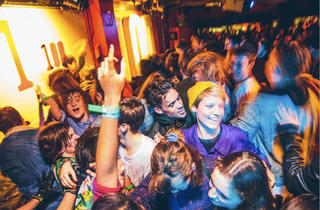 Converse Get Dirty gig crowd
