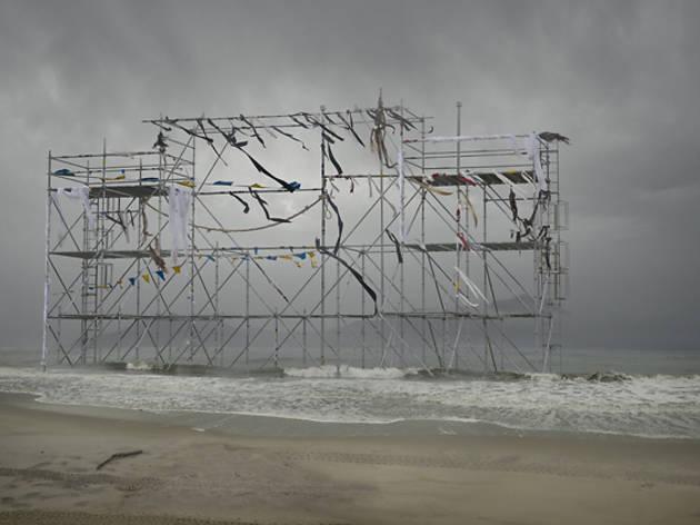 ('Monument (mast)', extrait de la série 'Pathetic Fallacy', 2011 / Courtesy de la galerie Particulière / © Anthony Goicolea)