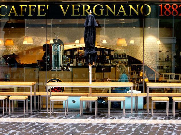 Hot chocolate at Caffe Vergnano 1882