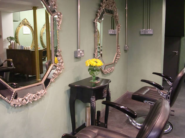 Heads and Tails Salon