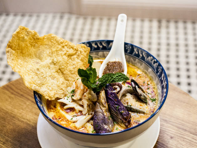 <p>Seafood <em>laksa</em> at Aux Epices</p>