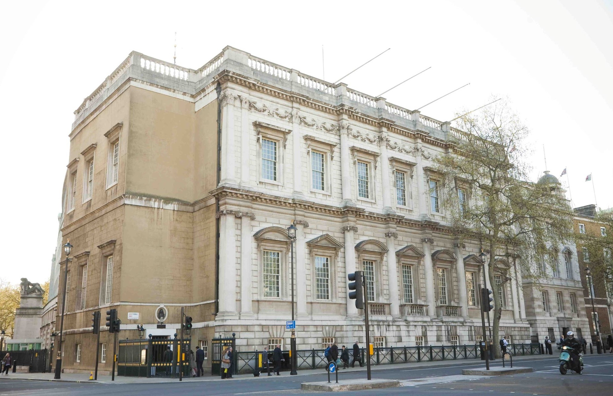 Banqueting House Attractions In Whitehall London