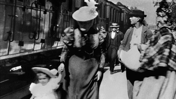Arrivée d'un train à La Ciotat (de Louis et Auguste Lumière (1895))