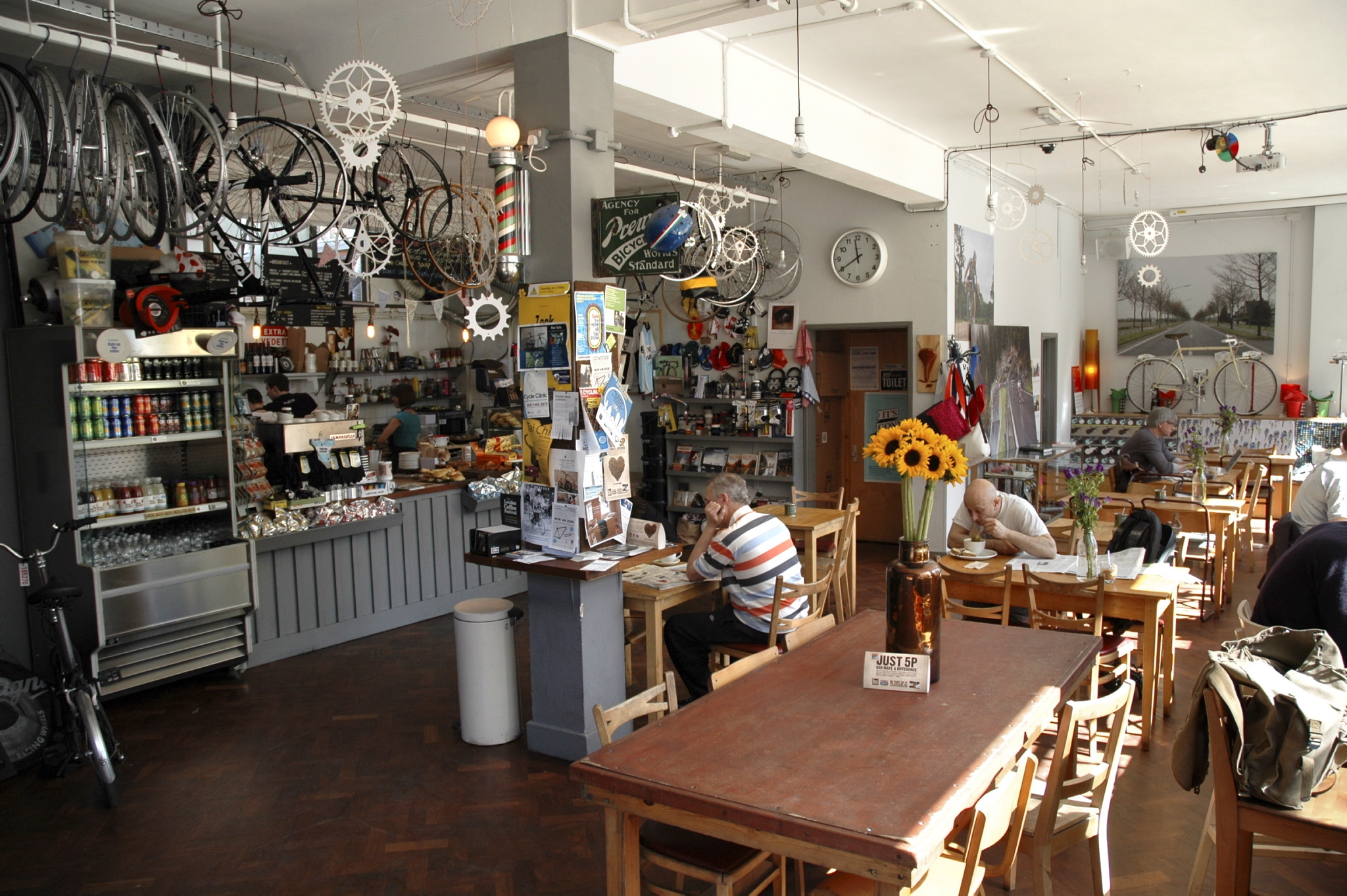 Get a caffeine fix while your bike's fixed at Look Mum No Hands!