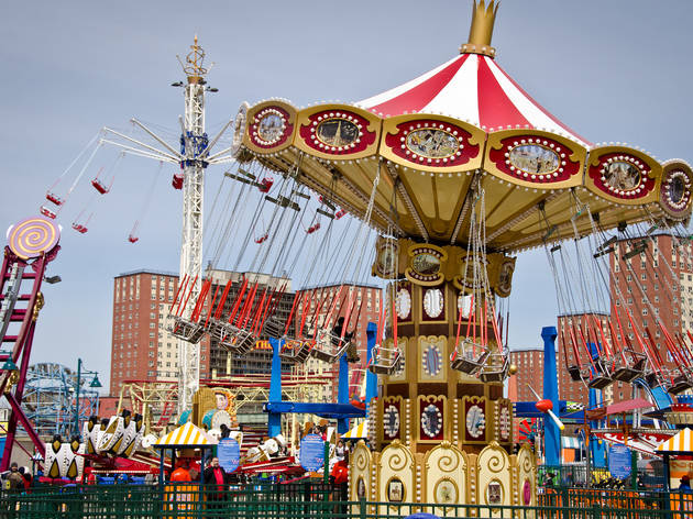YES! Luna Park will give out freebies for good grades, so grab your report card
