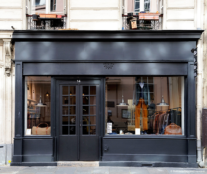 Balibaris shopping in r publique paris for Retail shop exterior design