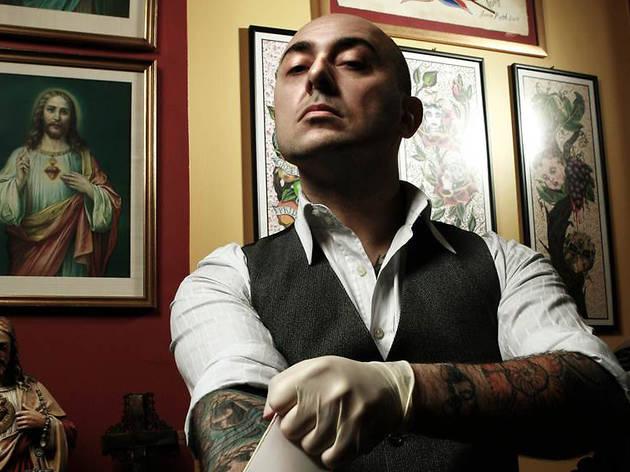 Mo Coppoletta tattoo artist