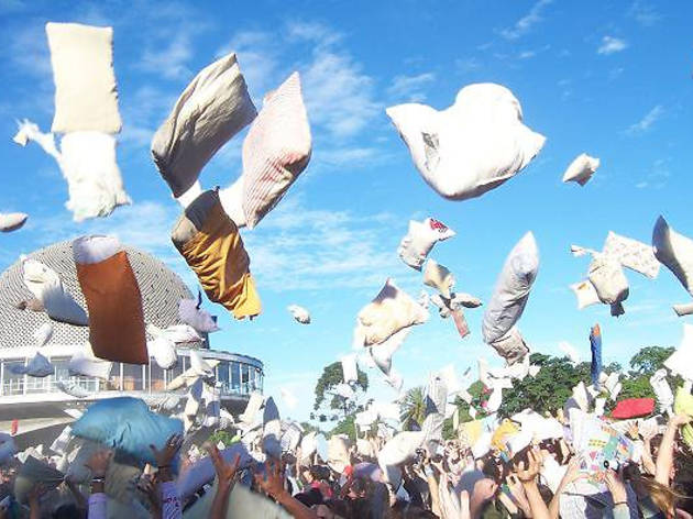 Pillow Fight BCN