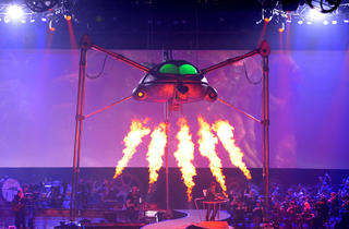 The War Of The Worlds - Alive On Stage!