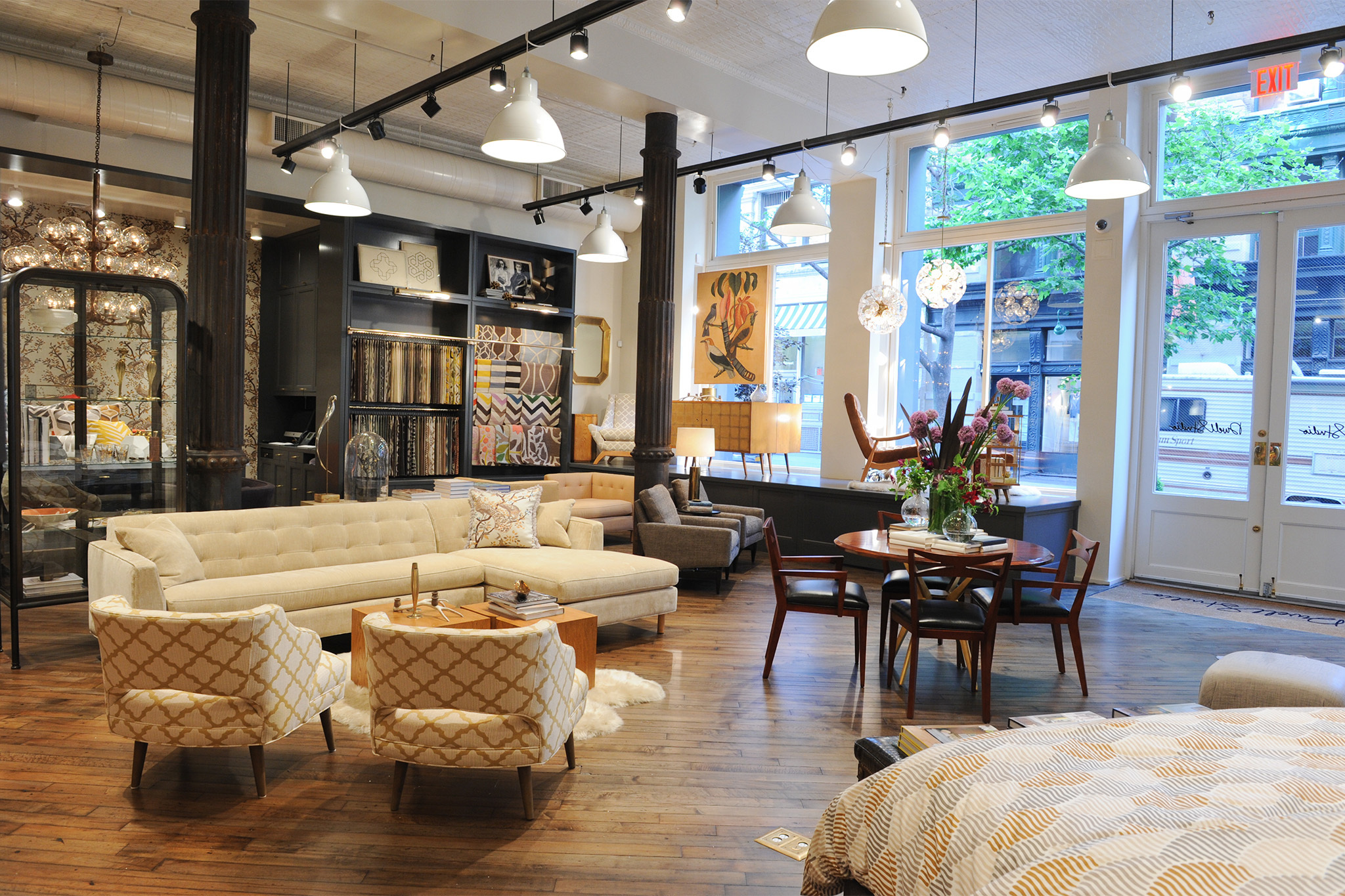 decor stores in NYC for decorating ideas and home furnishings