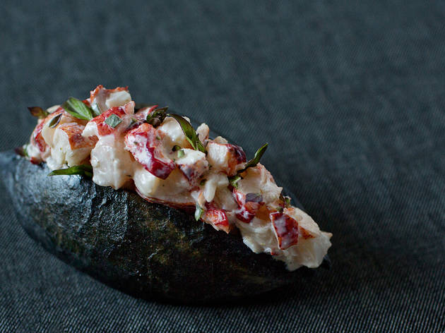 Lobster roll at Hinoki & the Bird