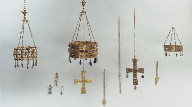 'Trésor de Guarrazar', VIIe siècle / Paris, musée de Cluny - musée national du Moyen-Âge