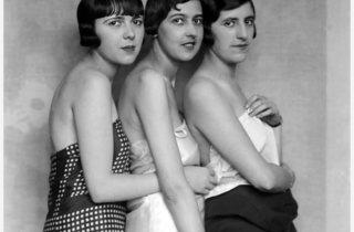 (Boris Lipnitzki, 'Mannequins de chez Patou', Paris, 1927 / © © Lipnitzki/Roger-Viollet)