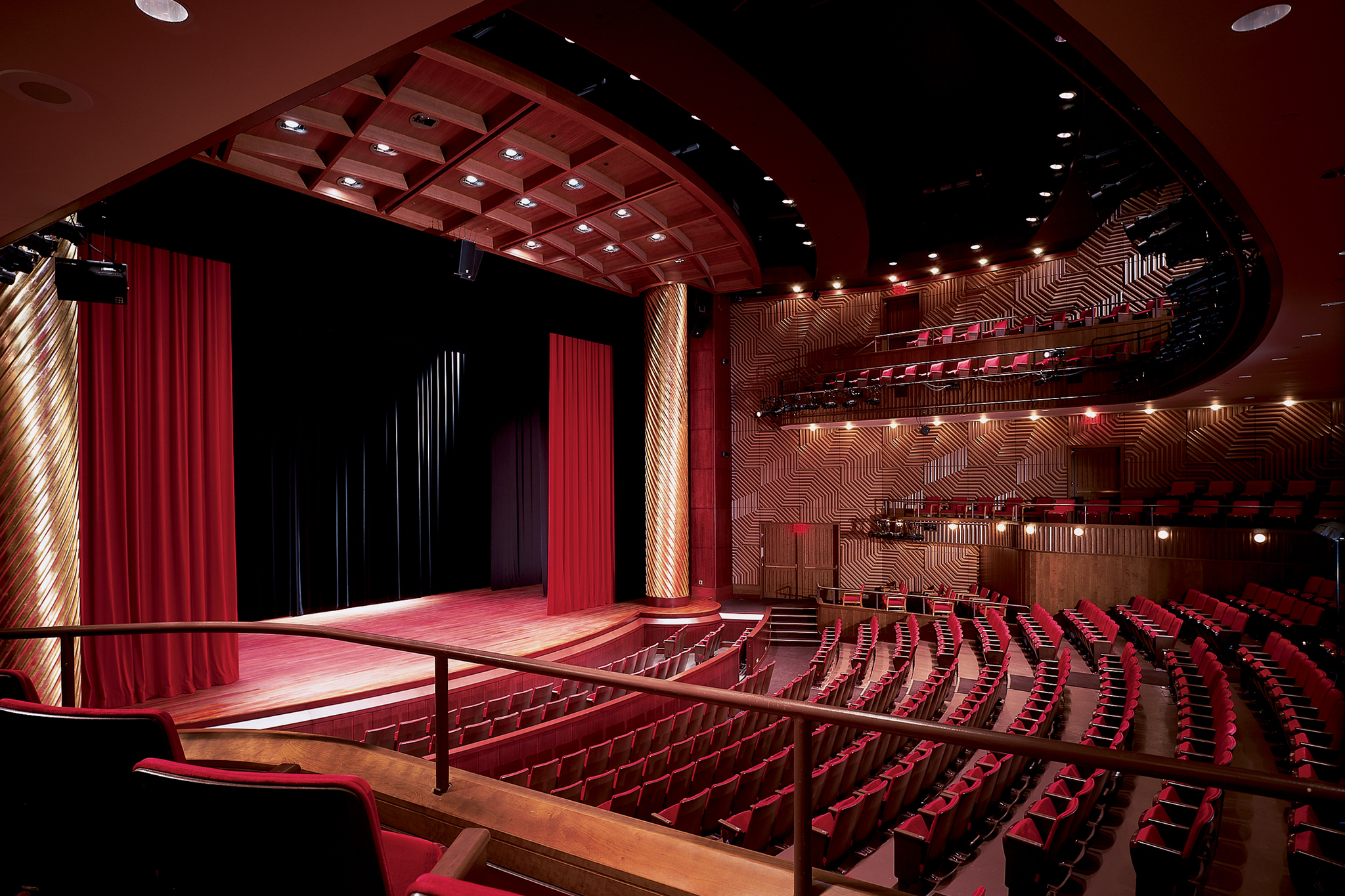 Performing arts theater
