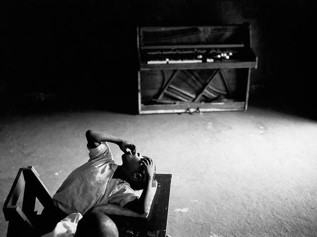 """Tim Hetherington, """"Inner Light: Portraits of the Blind, Sierra Leone 1999–2003"""""""