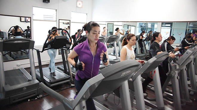 Zona fitness 24 horas wellness florencia 51 piso 1 for Piso wellington barcelona