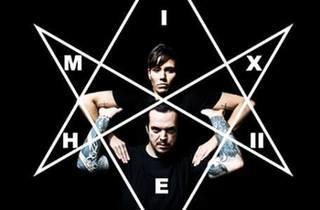 Mixhell live + Látzaro
