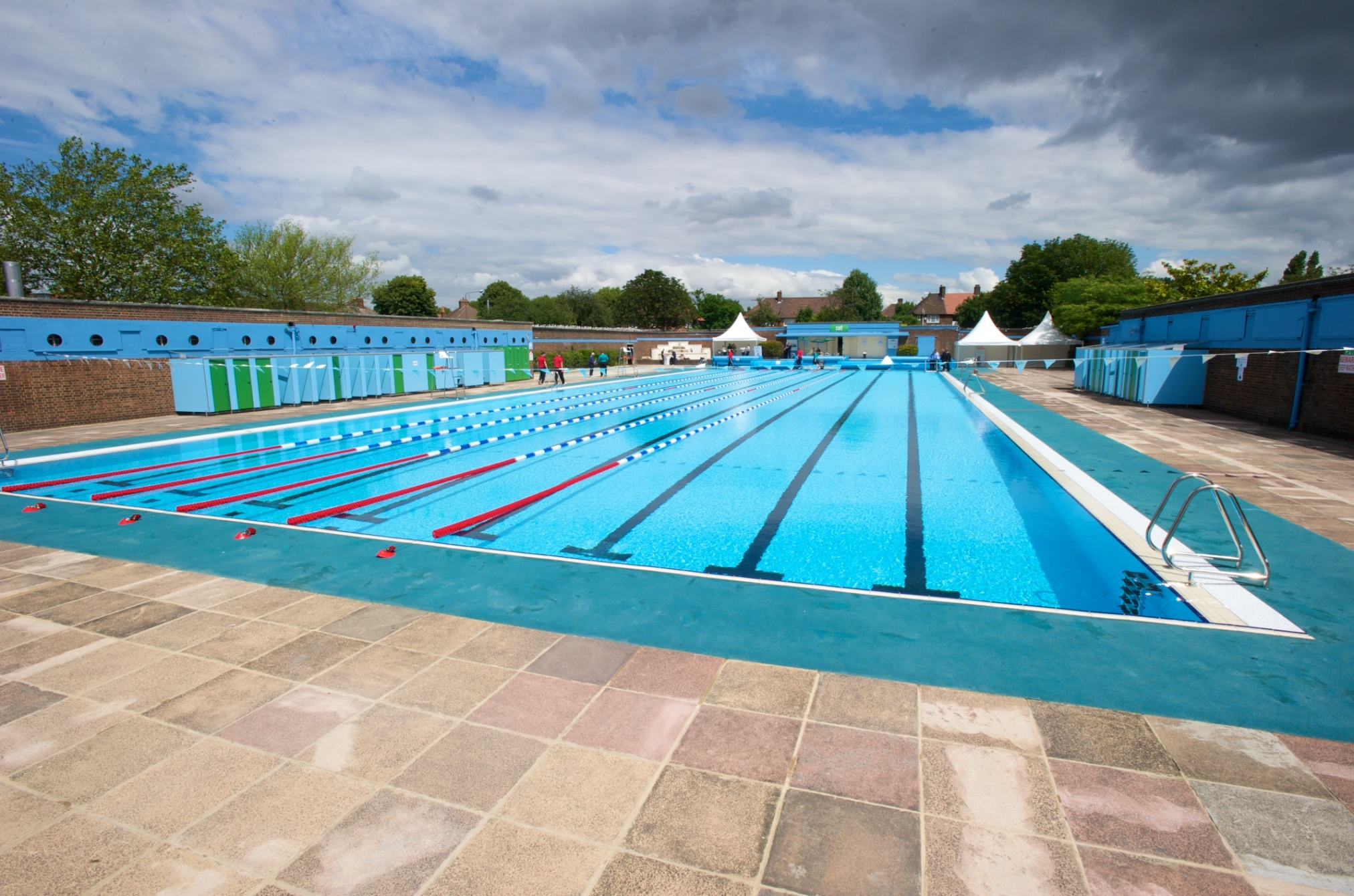 Lidos And Outdoor Swimming Pools In London Swimming In
