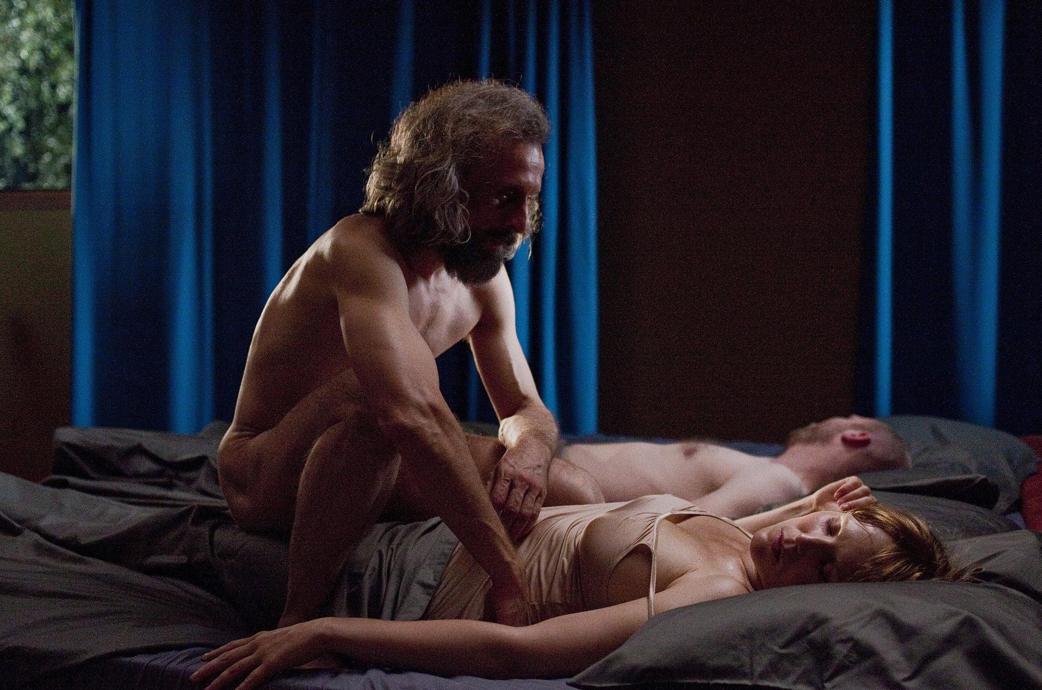 Описание фильма дом безумного секса 10