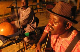 Festival au Désert: Aziz Sahmaoui & University of Gnawa + Imharhan + Mamadou Kelly
