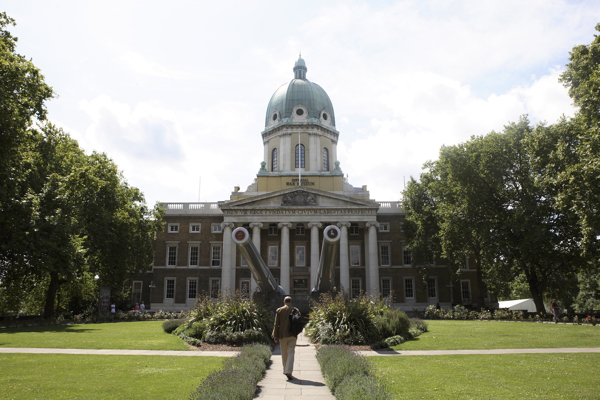 Explore: Imperial War Museum