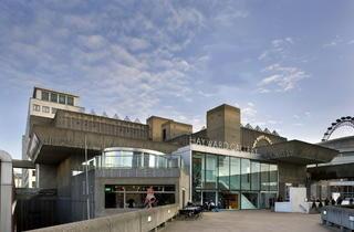 Hayward gallery entrance (Morley von Sternberg)