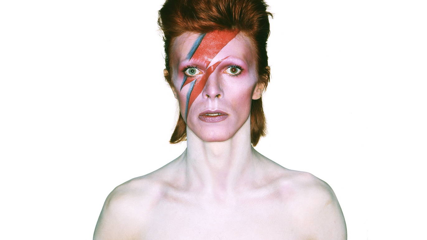 David Bowie IS Album cover shoot for Aladdin Sane