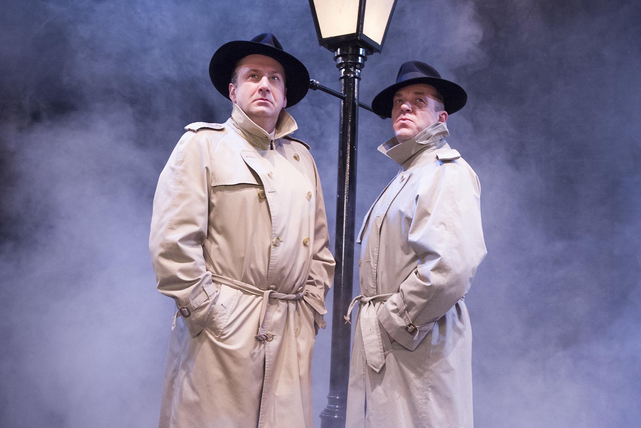 (©Tristram Kenton / Cast Stephen Critchlow & Andy Williams)