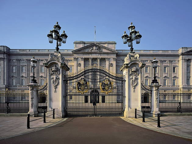 Buckingham Palace (© Andrew Holt / Royal Collection Trust / © Her Majesty Queen Elizabeth II 2013)