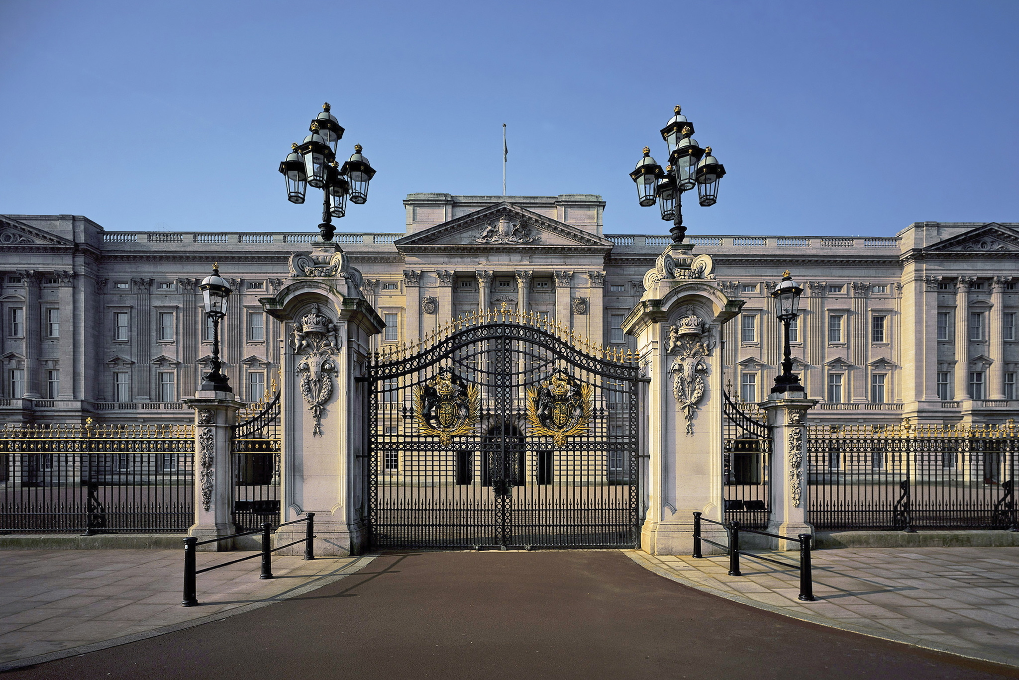 Five things you might not know about Buckingham Palace