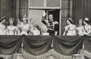 Royal family on the balcony (Royal Collection Trust)