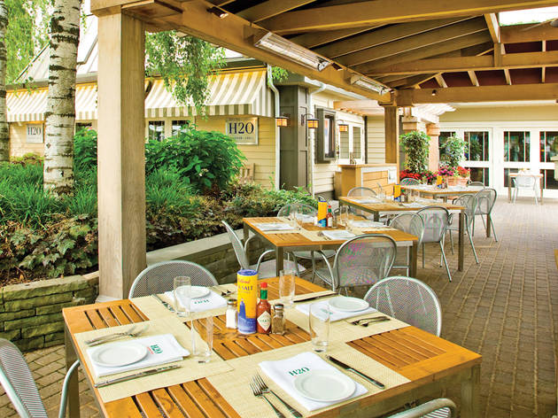 Smithtown, NY, patio at H2O