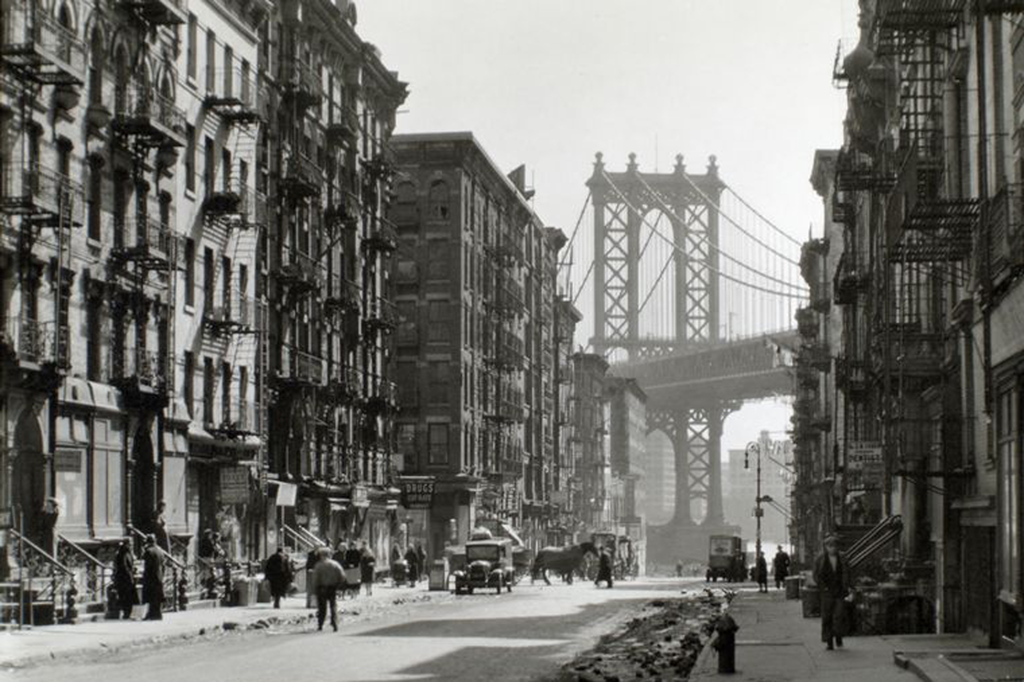 OldNYC: Mapping Historical Photographs of New