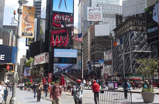 46th St Times Square